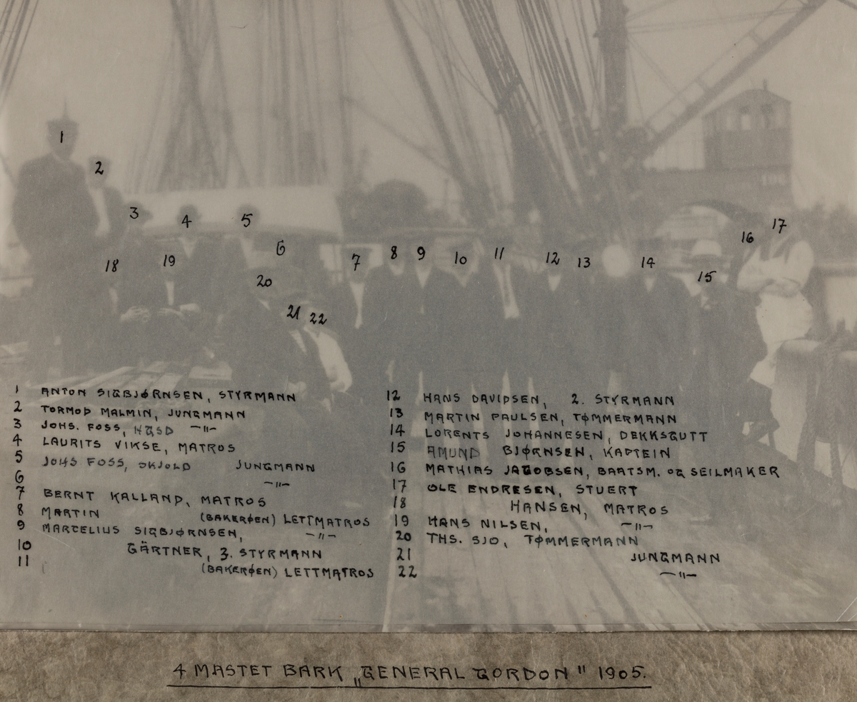 """Mannskapsbilde - Bark """"General Gordon"""" 1905"""