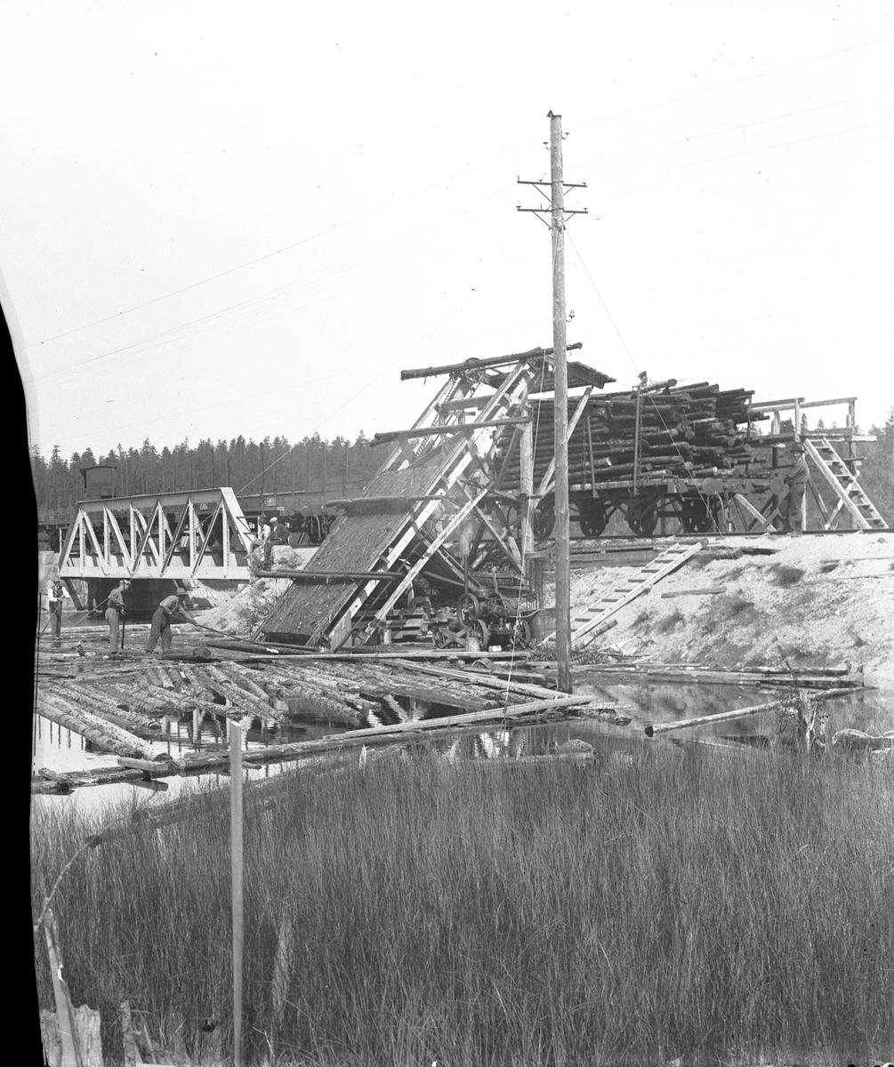 Uppfordringsverket vid Slätthällsbron, Fågelsjö.