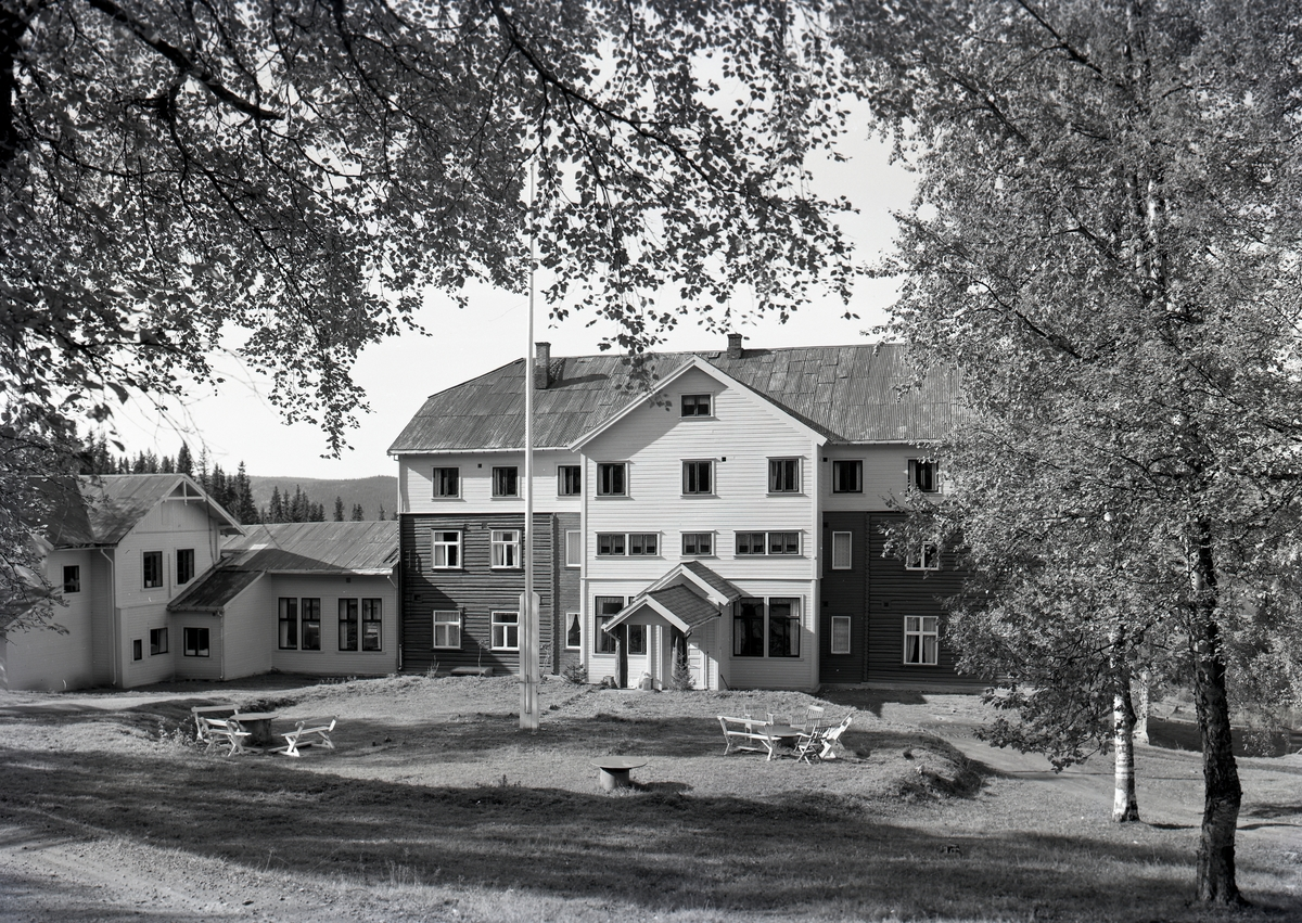 Breidablikk, Tonsåsen.