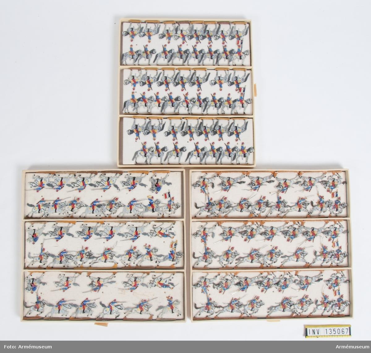 Kavalleri från Frankrike från Fransk-tyska kriget. Tre lådor med figurer. Fabriksmålade.
