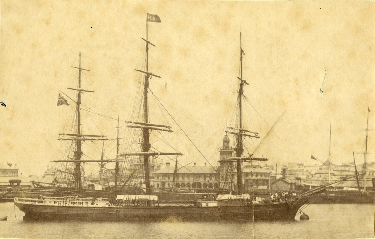 Fullrigger 'Høiden' (b.1876, Th. Omholt, Arendal, Norge)