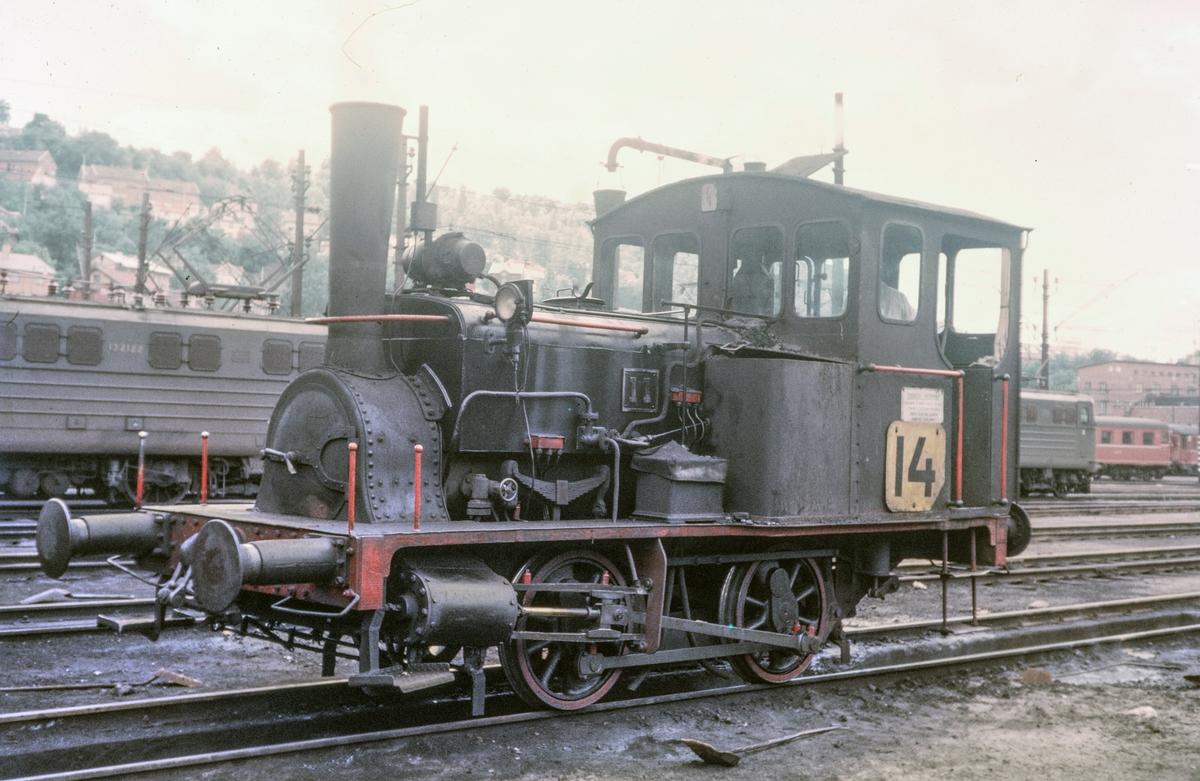 "Skiftelokomotiv type 7a nr. 11, også kalt ""Ulka"", i Lodalen i Oslo."