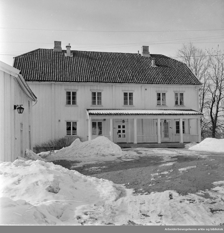 Nordberg gård. April 1963