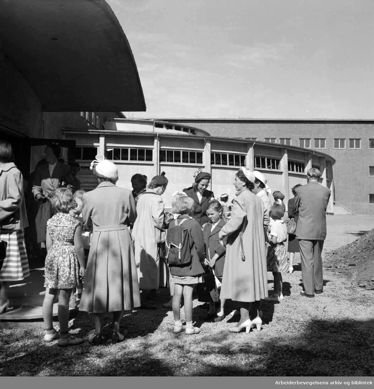 Marienlyst skole. August 1952