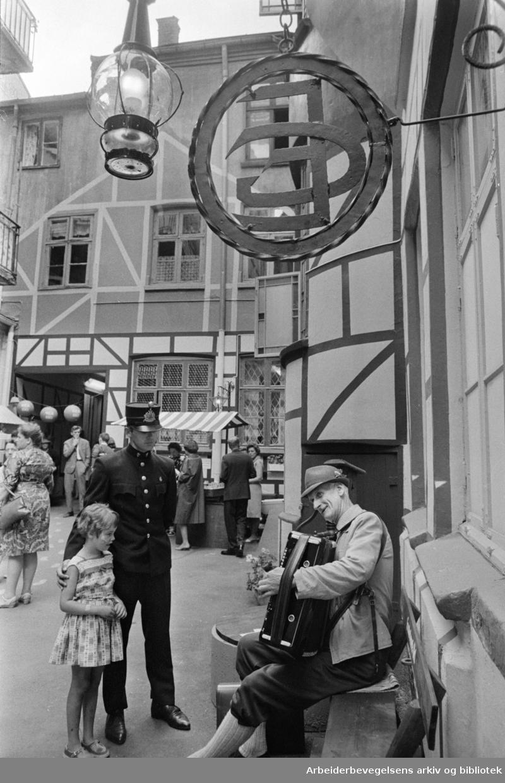 Grensen. Gammel Christiania-atmosfære er gjenskapt i Grensen 8. Juni 1966