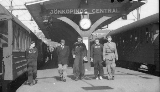 Modern Femkamp, ryska laget anländer till Jönköping.