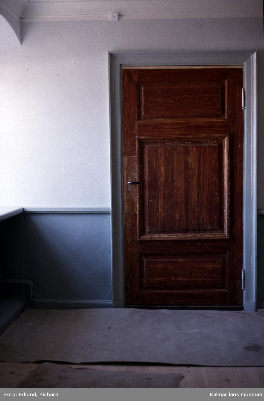 Dörr.