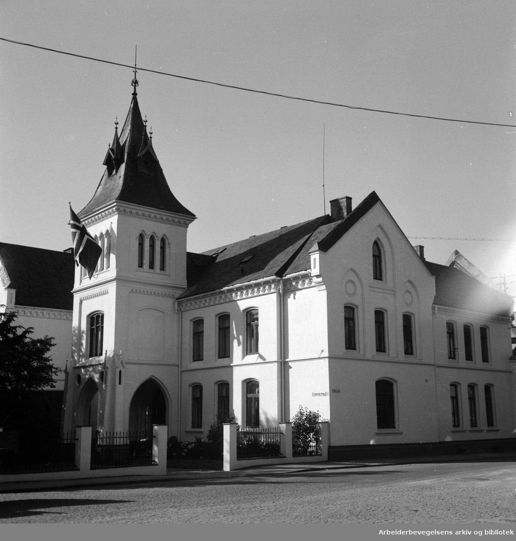Bispegården, (St. Halvardsgt. 1). August 1955