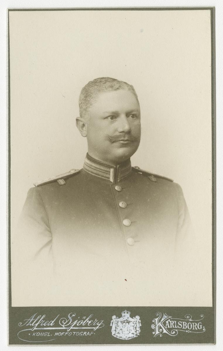 Porträtt av Carl Gustaf Holmberg, kapten vid Värmlands regemente I 22.