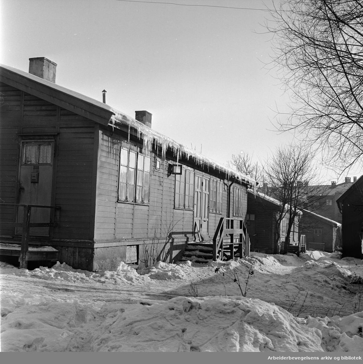 Aftenpostenbrakkene i Vossegata. Mars 1963