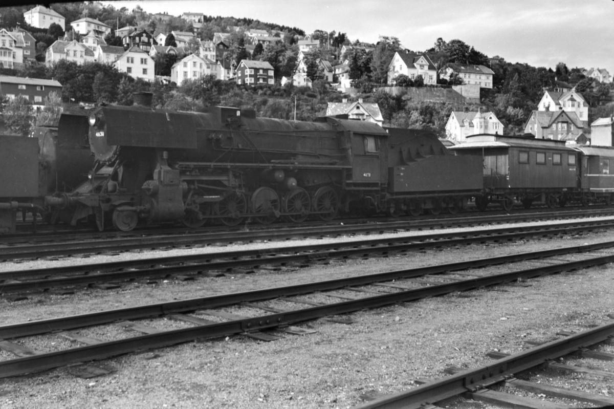 Hensatt damplokomotiv type 63a nr. 4839 på Marienborg.