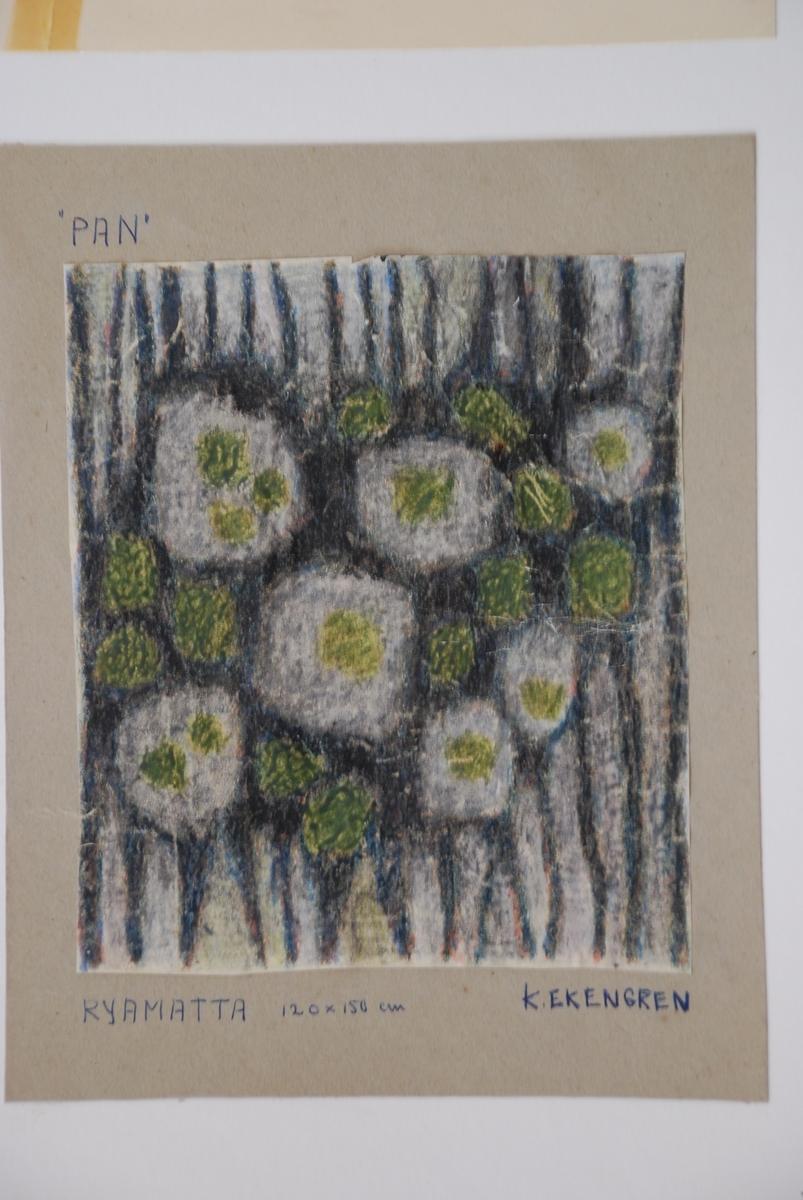 Skisser till ryamattor komponerade av Kerstin Ekengren. Med garnprover.