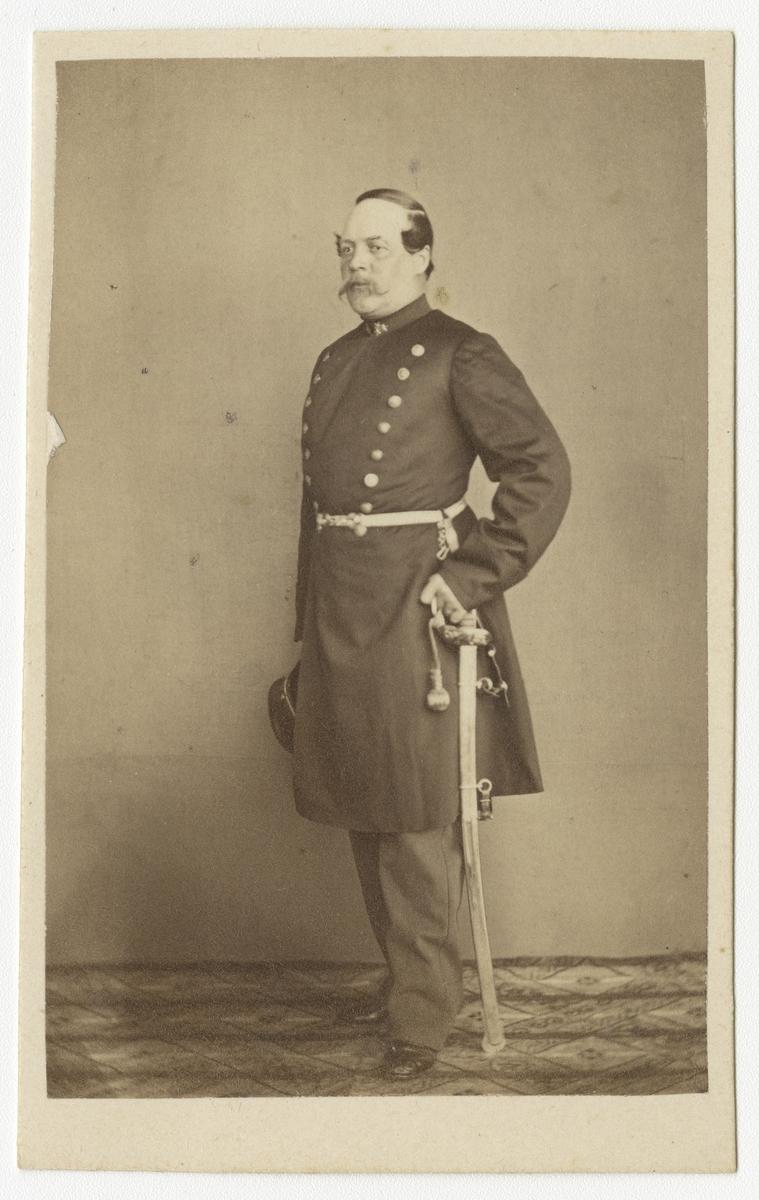 Porträtt av Arvid Theodor Wester, kapten vid Västgöta regemente I 6. Se även bild AMA.0009291 och AMA.0021975.