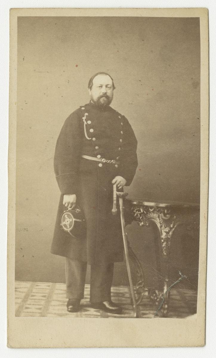 Porträtt av fanjunkare Norén vid Västgöta regemente I 6.