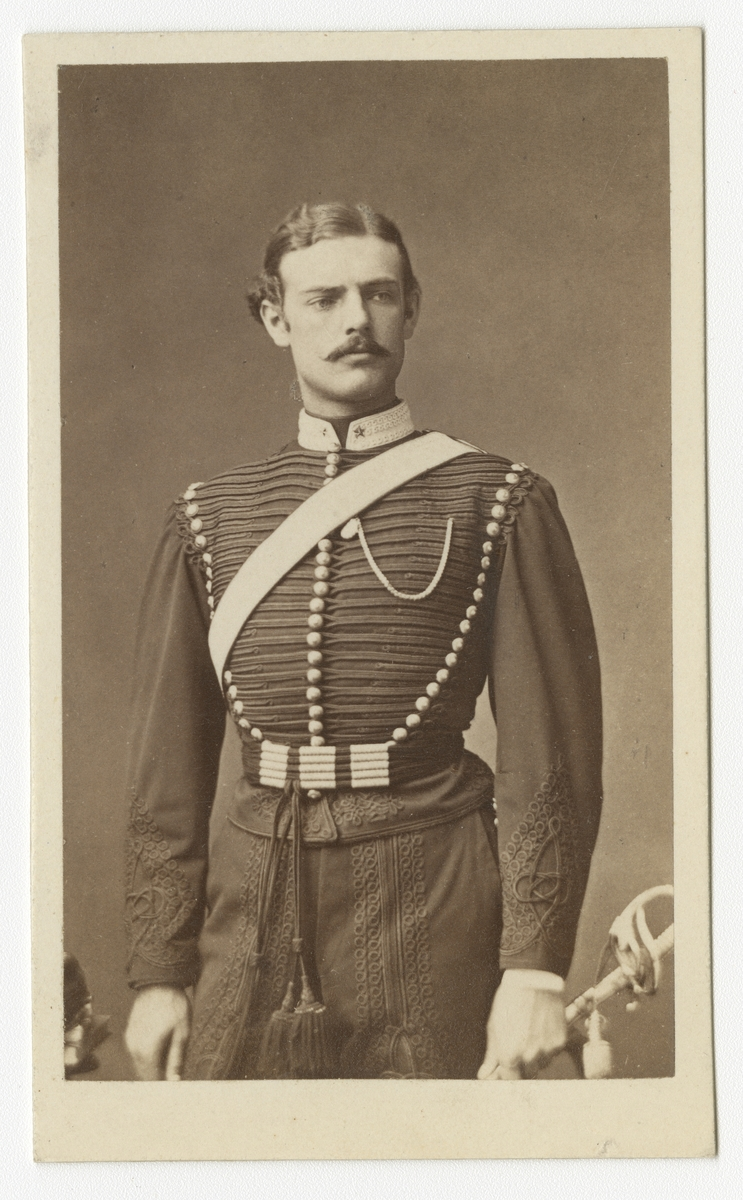 Porträtt av Åke Hjalmar Nordenfelt, underlöjtnant vid Wendes artilleriregemente A 3.