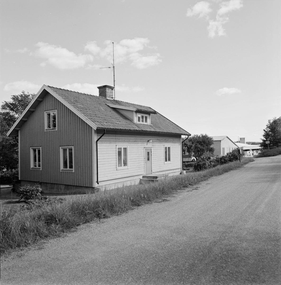 Före detta tegelmästarvillan vid Bergsbrunna tegelbruk, Bergsbrunna, Uppsala 1984