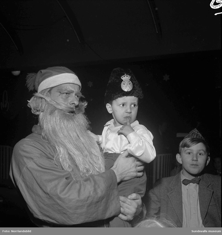 Polisens barnfest på Wivex.