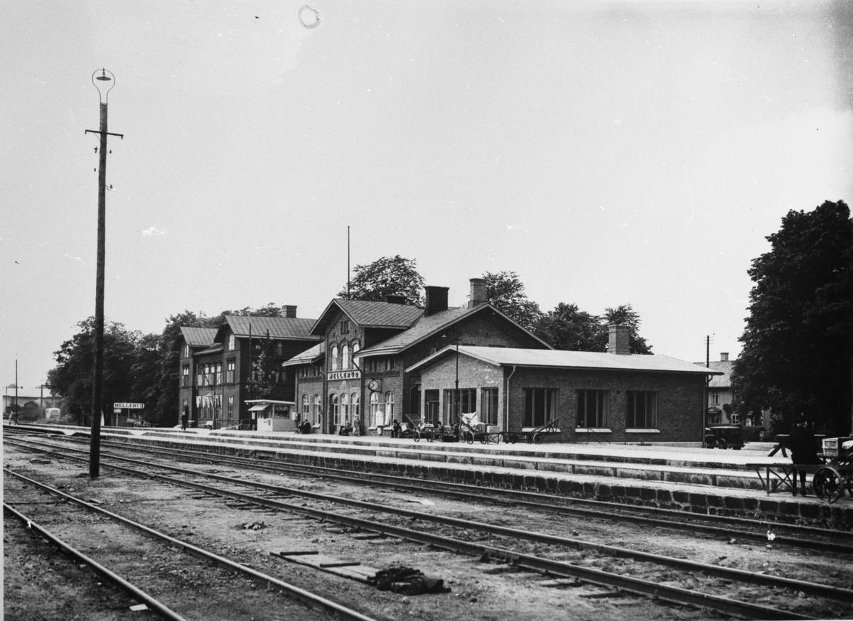 Stationen togs i bruk 1879.