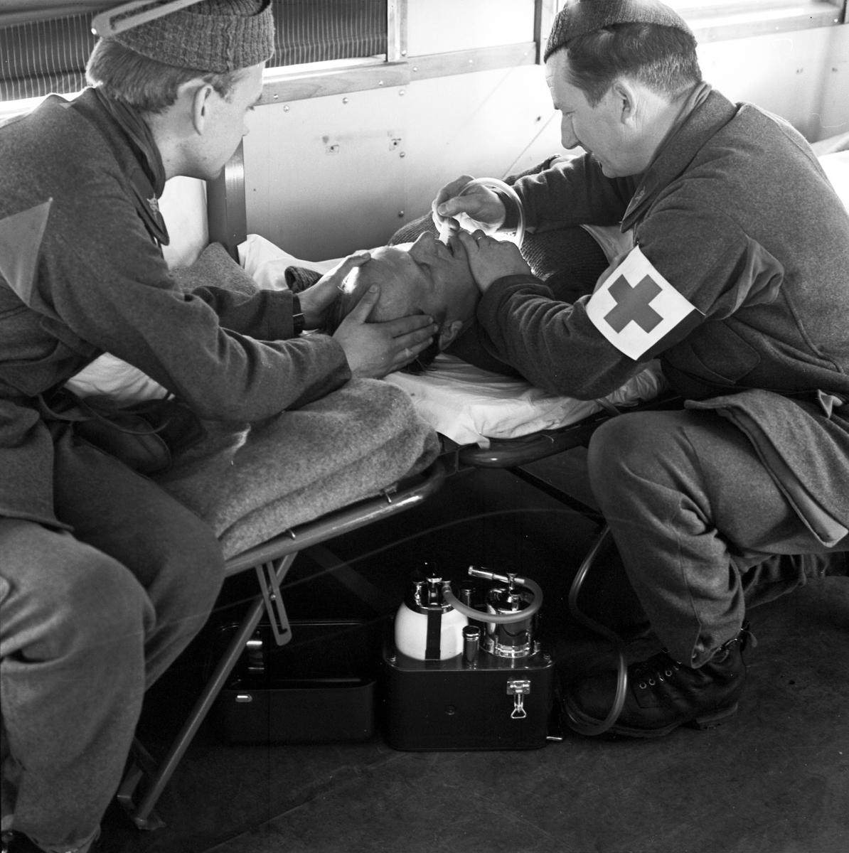 Militärövning, sjuktransporttåg