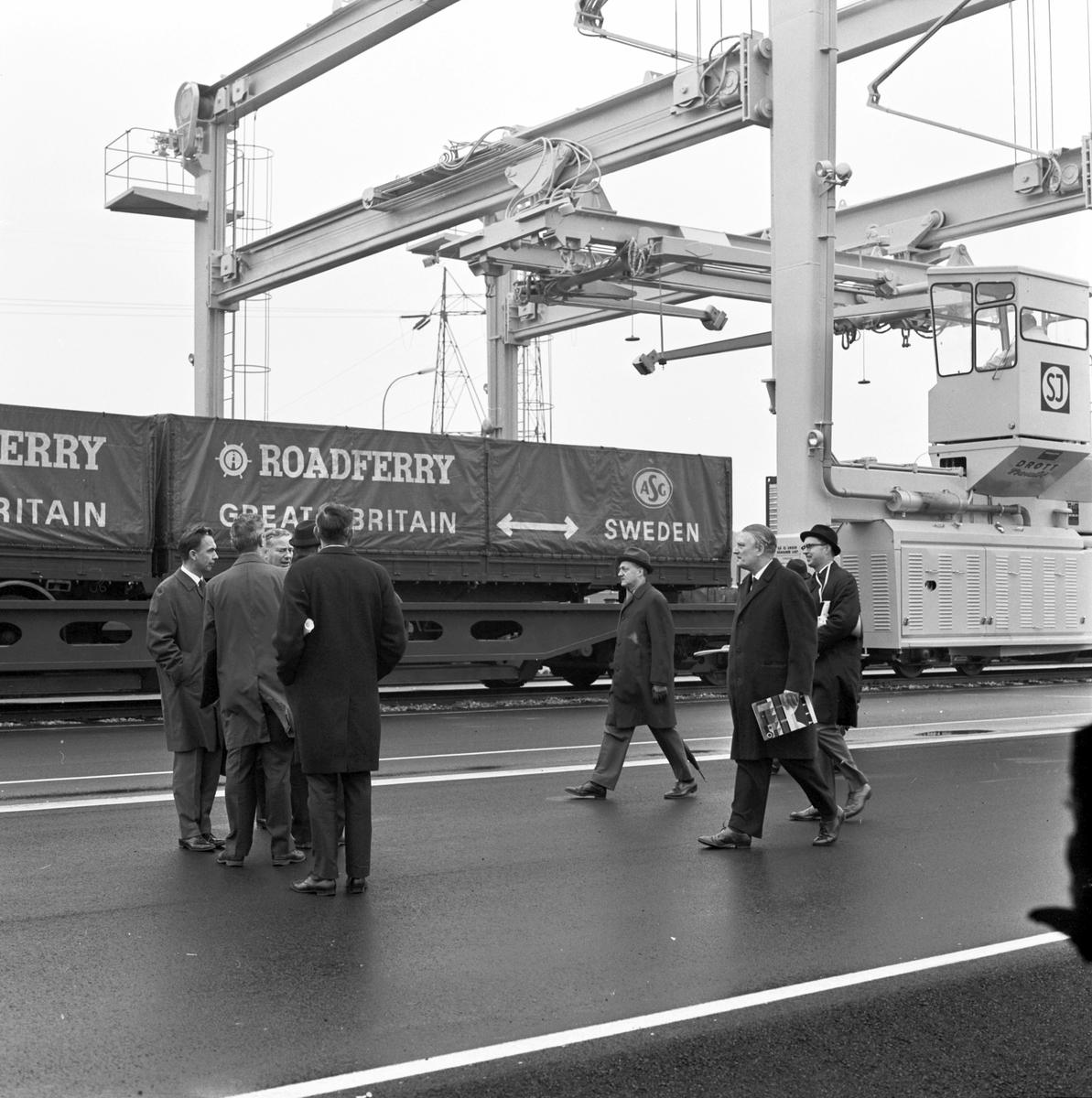 Containerterminal. SJ Slps. Generaldirektör Erik Upmark