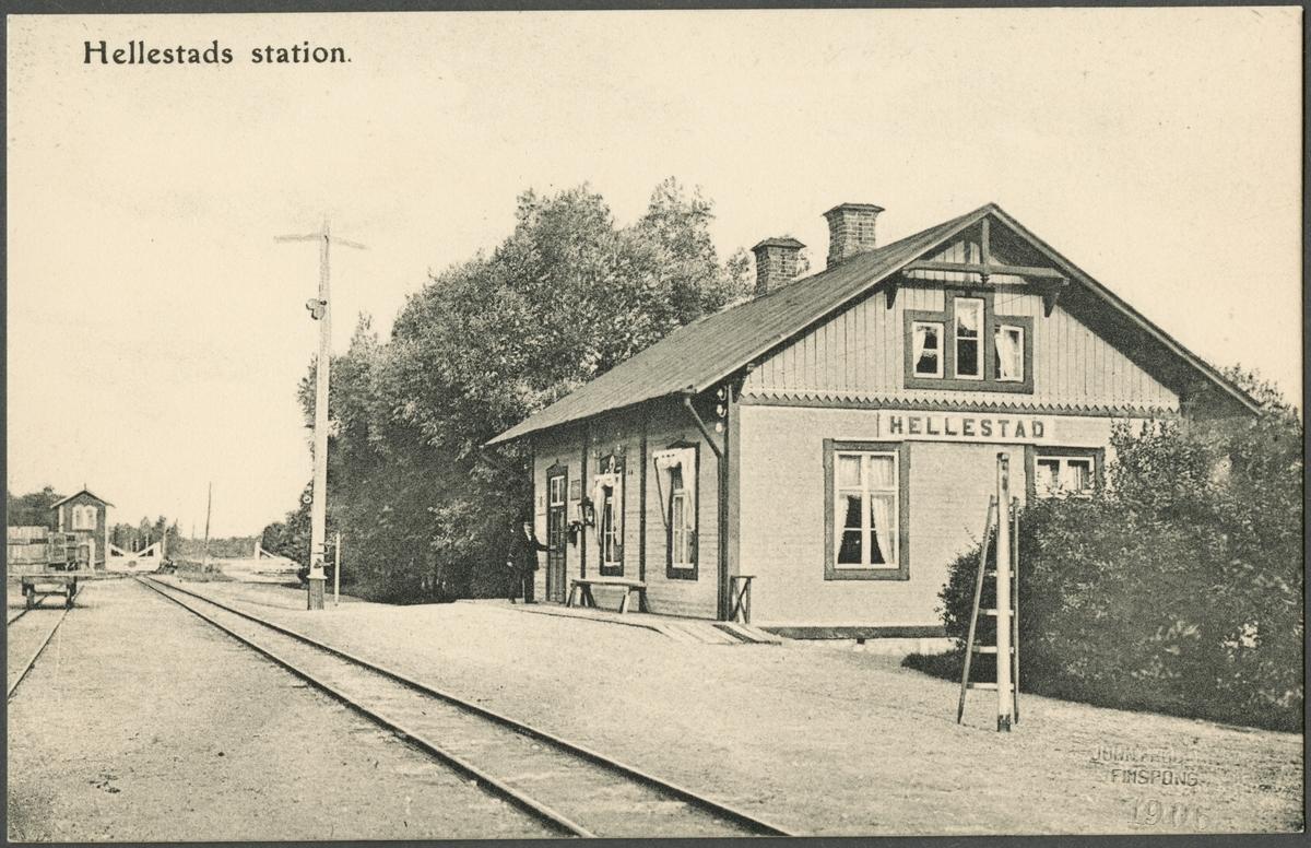 Hällestads järnvägsstation.