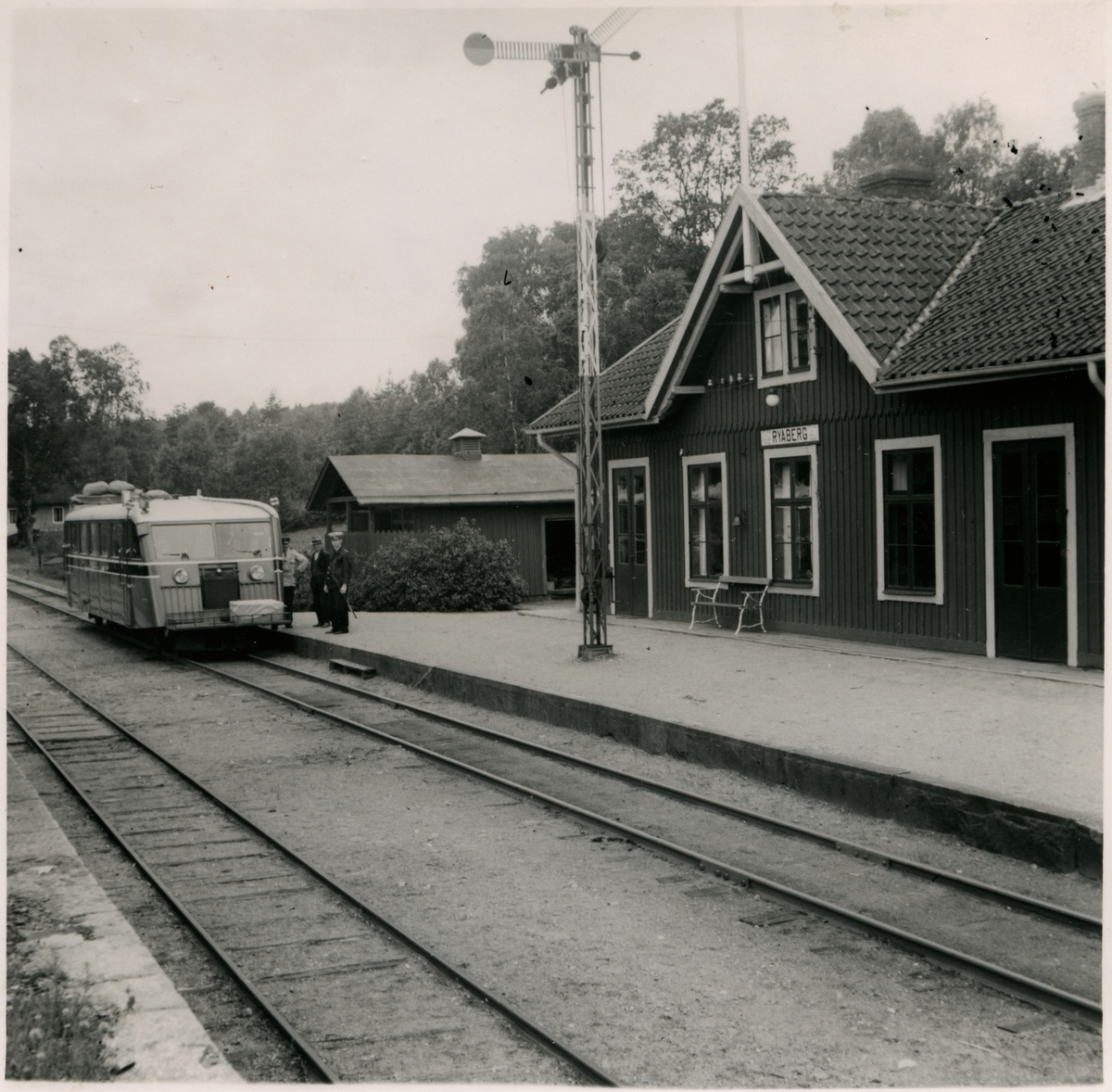 Motorvagn vid Ryabergs Station.