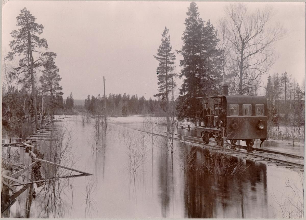 MVJ ångdressin Mora - Vänerns Järnväg