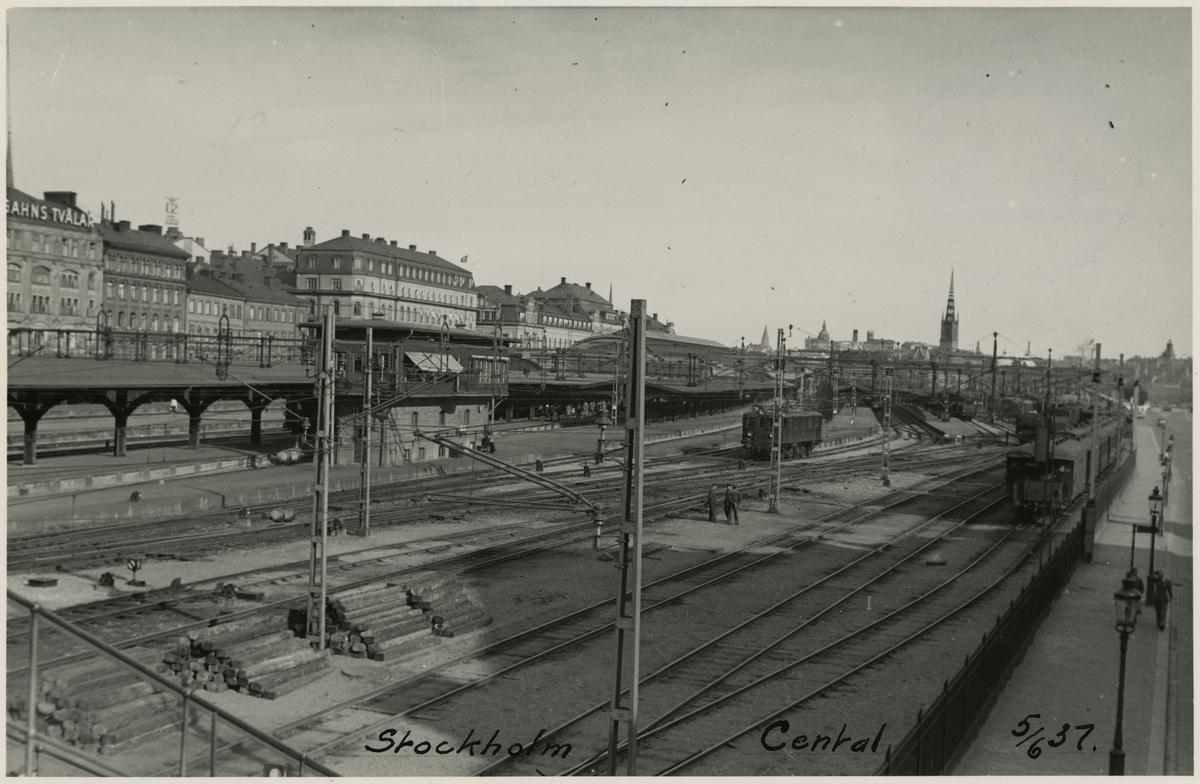 Stockholm Central. Ställverket i något till vänster i bild.