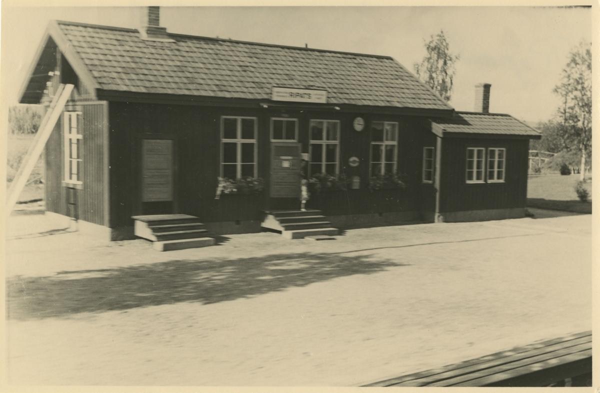 Ripats station.