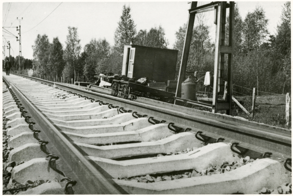 Betongslipers, på sträckan mellan Nässjö-Sävsjö 1953.