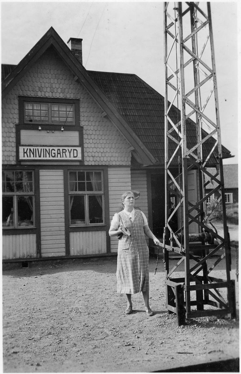 Knivingaryd station.