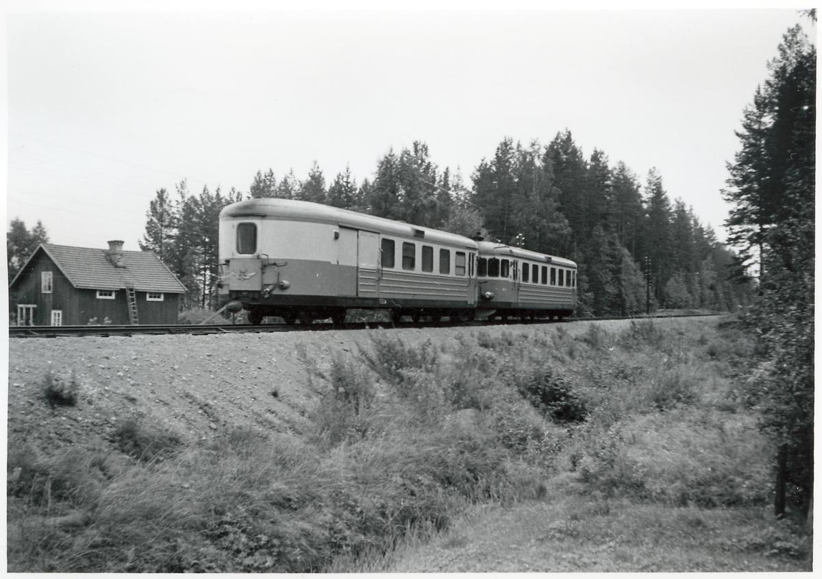 Motorvagnståg på linjen Orsa - Voxna.