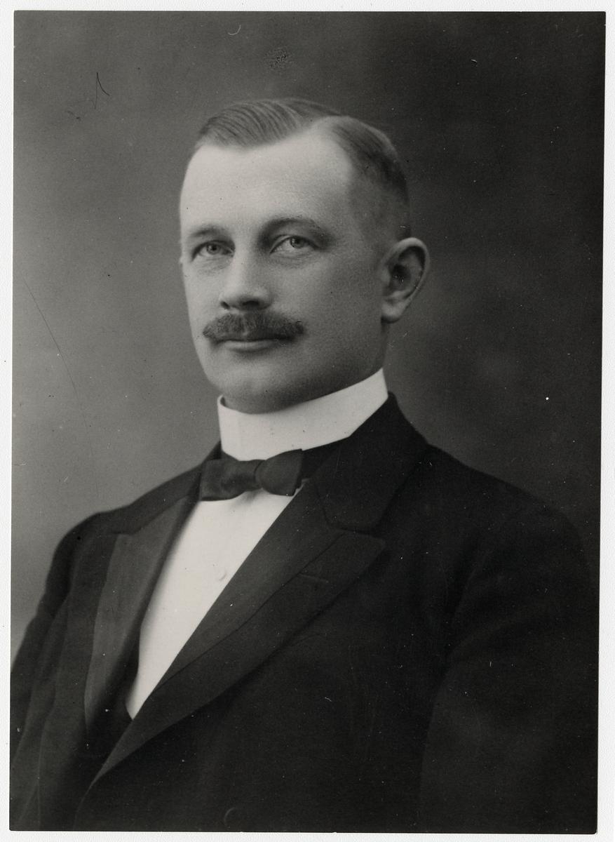 Stationsföreståndare Ernst Emil Pettersson vid Södra Dalarnes Järnvägar, SDJ.