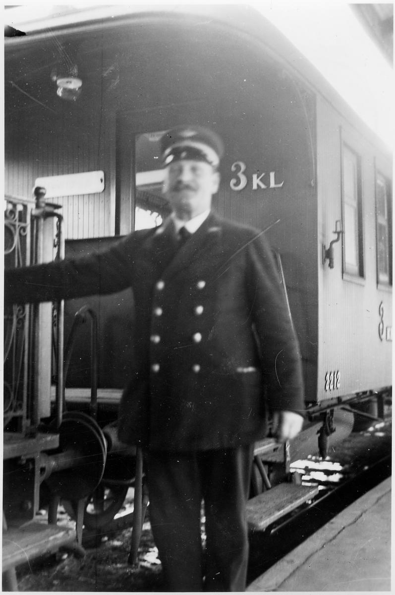 Okänd konduktör vid Stockholm C.