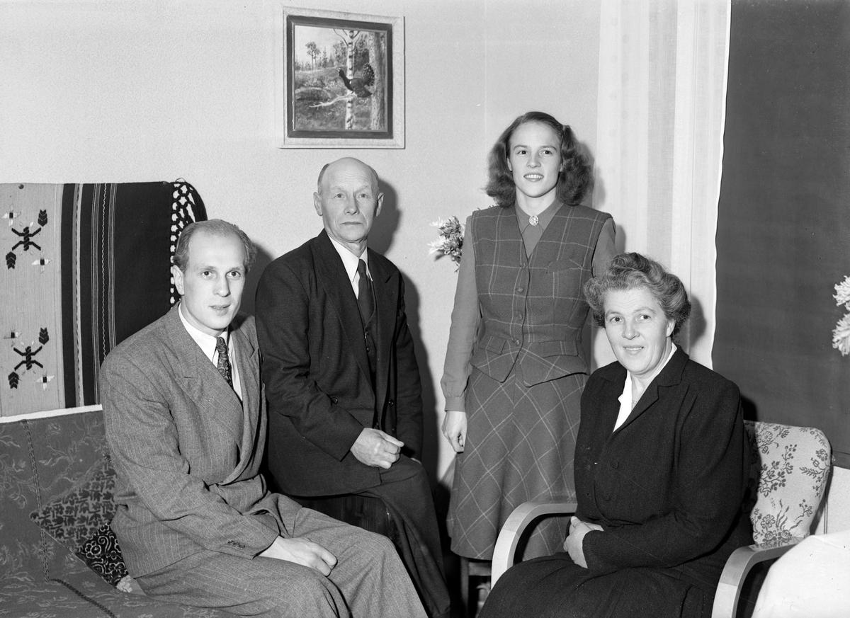 Venngren, Hyvlerigårdarna. Foto okt 1948.