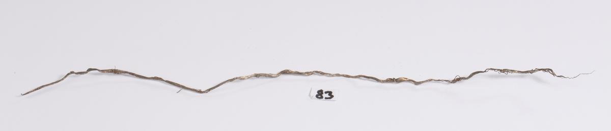 Sølvtråd Vekt: 2,14 g Lengde: 30 cm