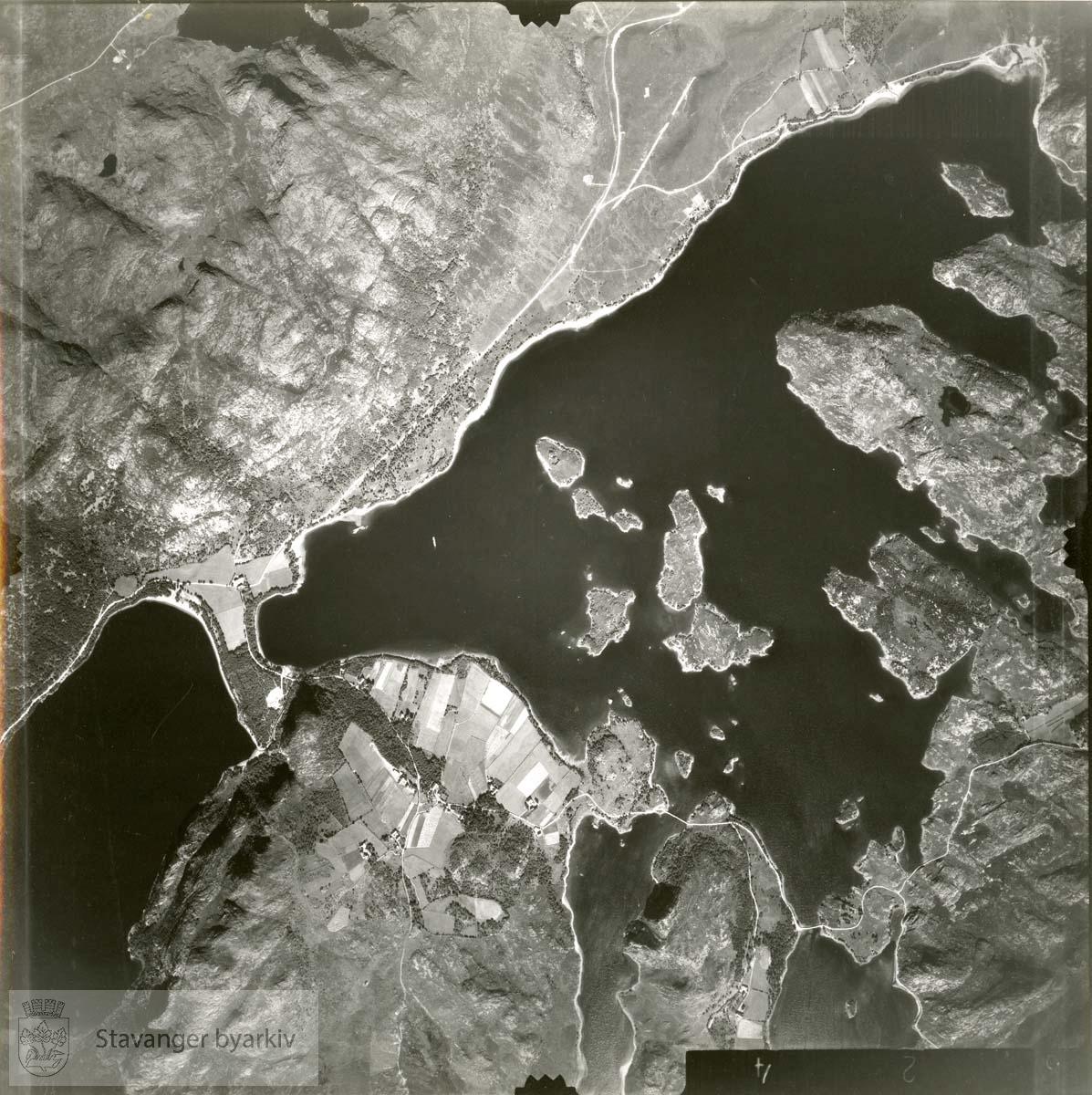 Jfr. kart/fotoplan H15..Dybingen, Lutsivatnet, Lutsifjellet..Se ByStW_Uca_002 (kan lastes ned under fanen for kart på Stavangerbilder)