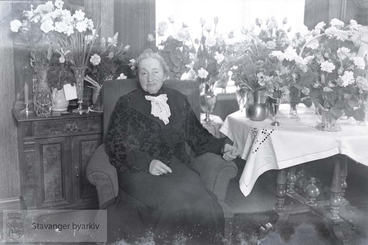 Anna Gjøsteins 70-årsdag, gjengitt i 1ste Mai 16.05.1939