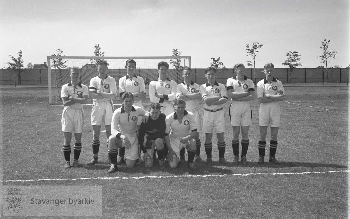 Fotballkamp SIF-Jarl og Stål-Stav august 1939 .Fotball.