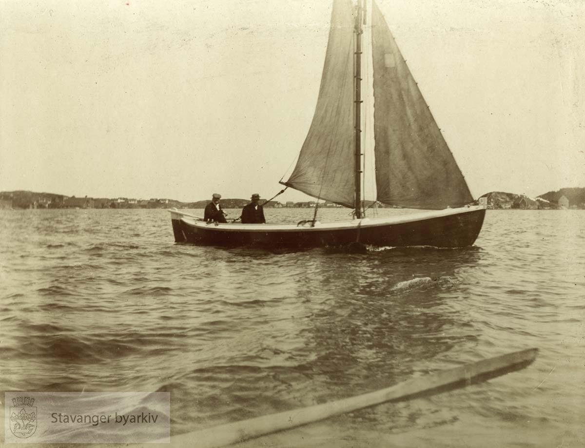 I seilbåt sommeren 1900