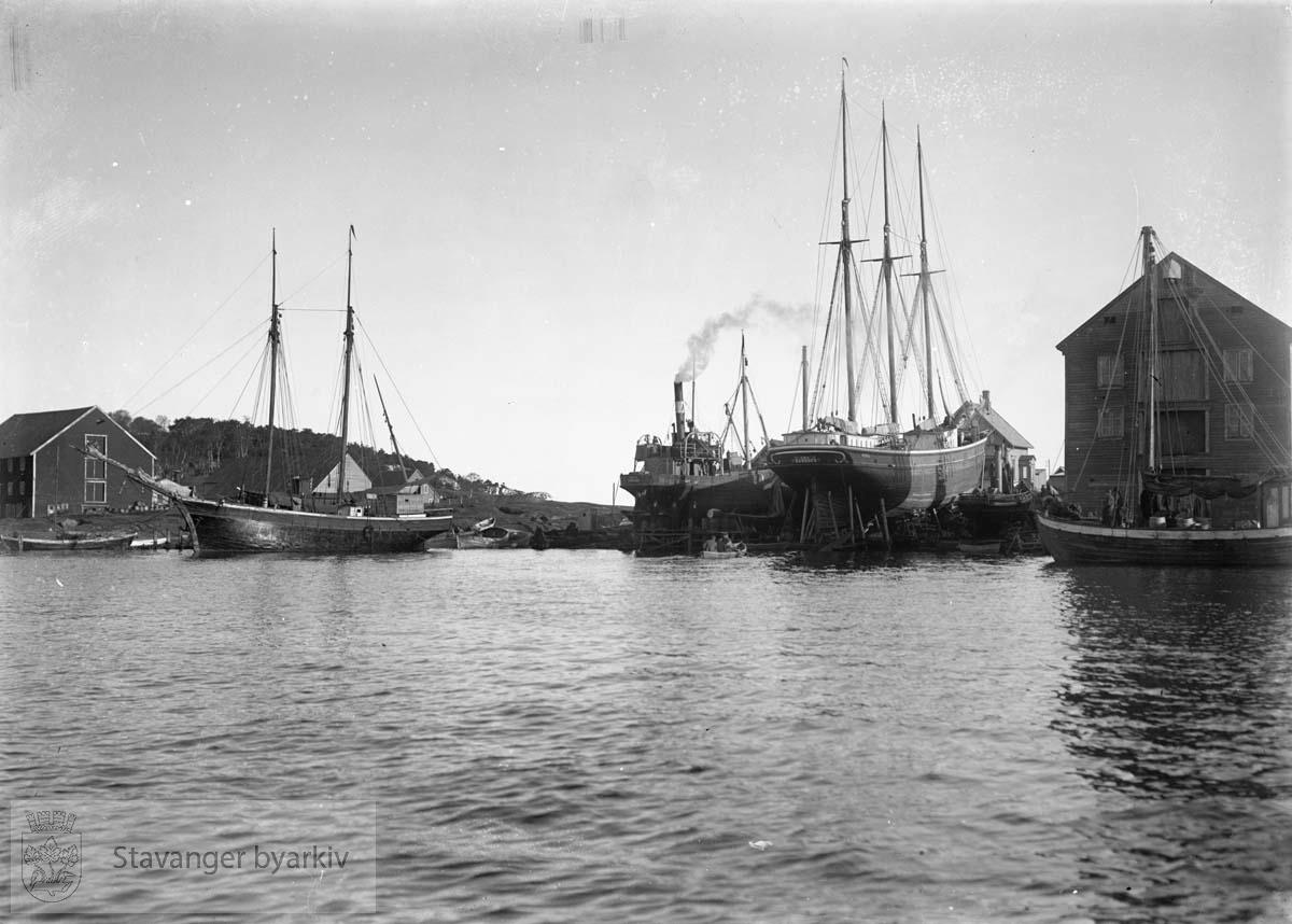 Stavanger Dok og Støberi? Muligens på Buøy. .....Seilbåt.Seilskute.Seilskip