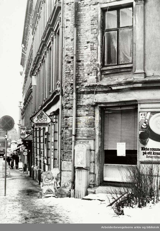 Gamlebyen. Schweigaardsgate 54. Mars 1979