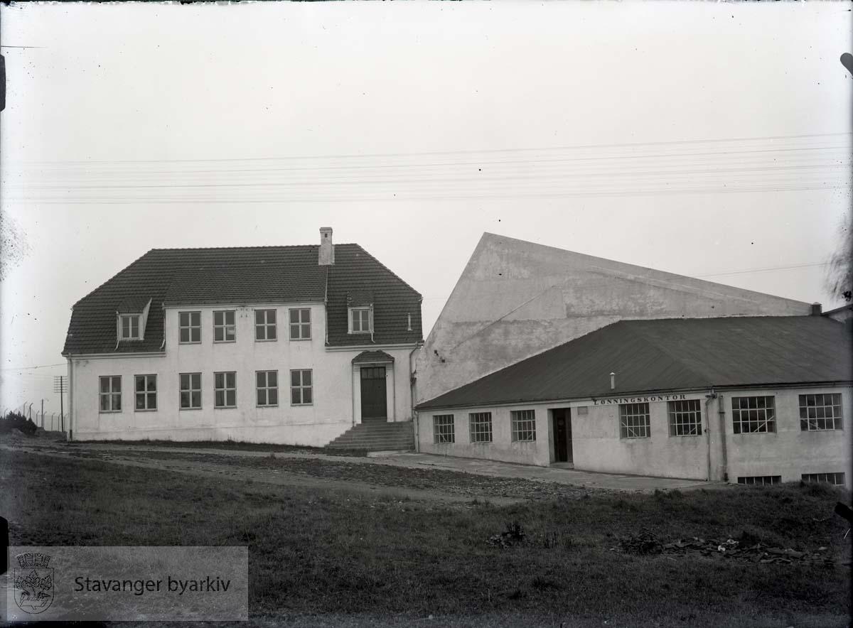 Rosenberg Mekaniske Verksted, Buøy ..