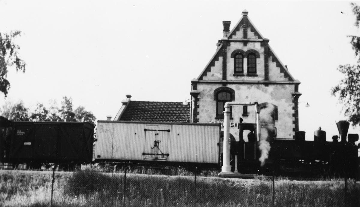 Tog fra Skulerud ankommer Sørumsand stasjon.