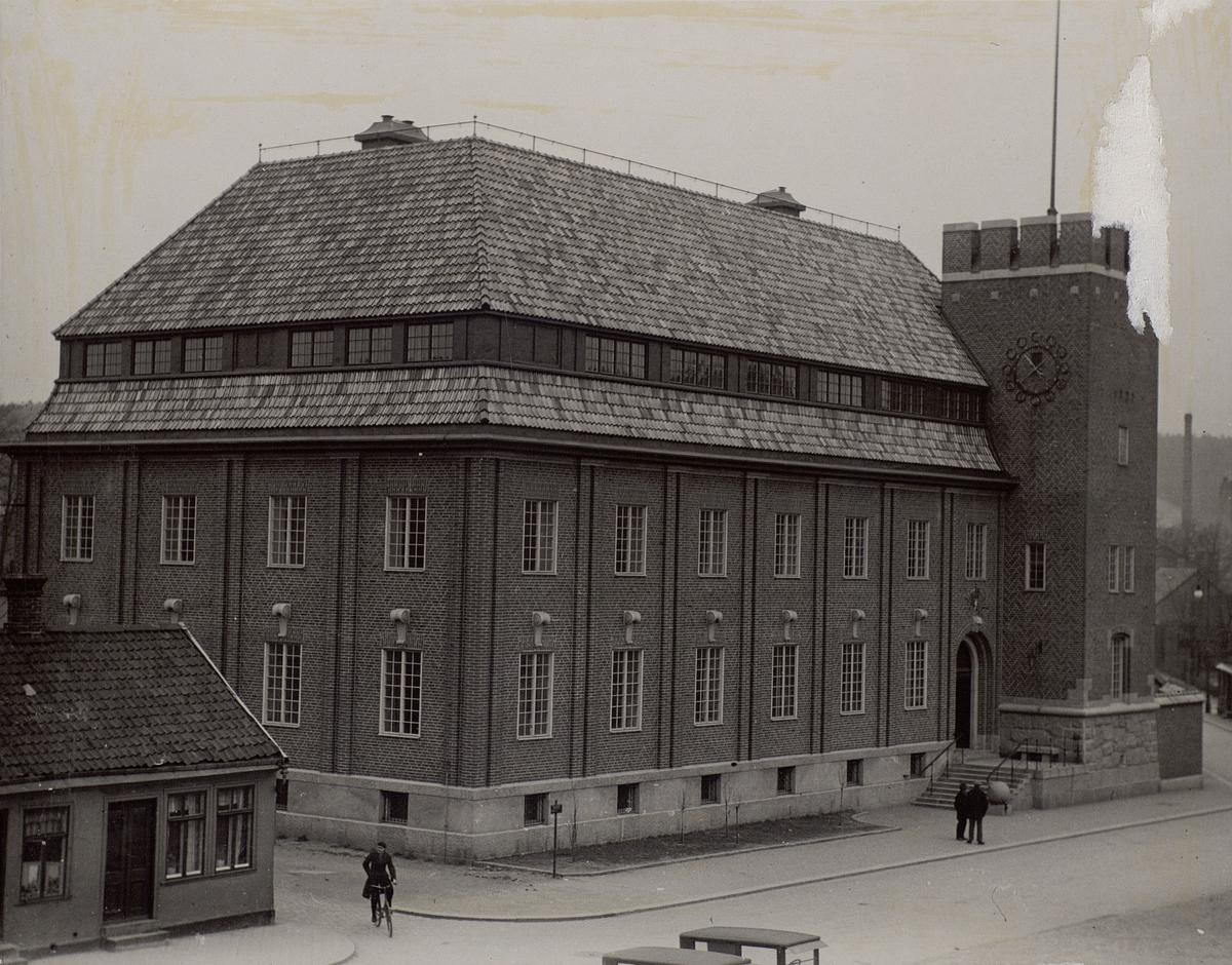 Halmstad, telegraf- och telefonstationen före ombyggnaden 1936. Exteriör.