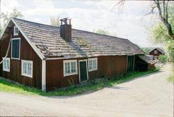 Ekonomibyggnader, Nederhassla 3:2, Häggeby socken, Håbo komm