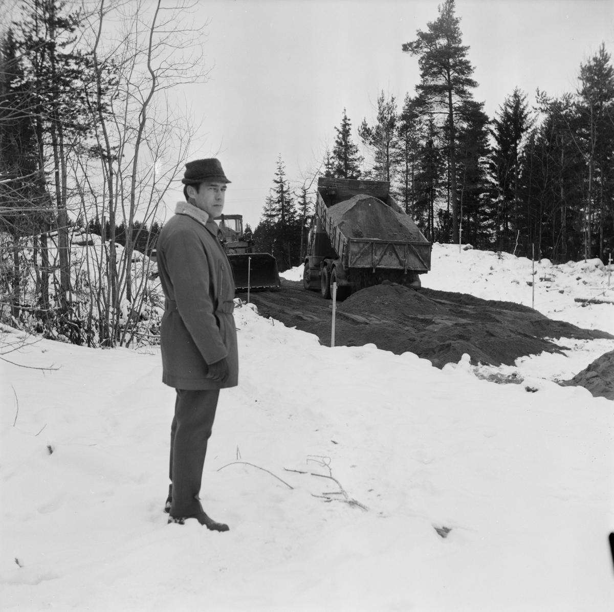 Tierpsbygden vill utföra VA-arbeten för 1,5 miljoner, Uppland, december 1971