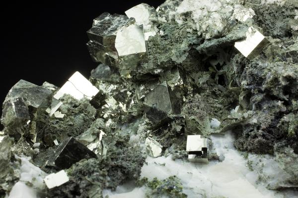 Er karbon dating brukes til bergarter