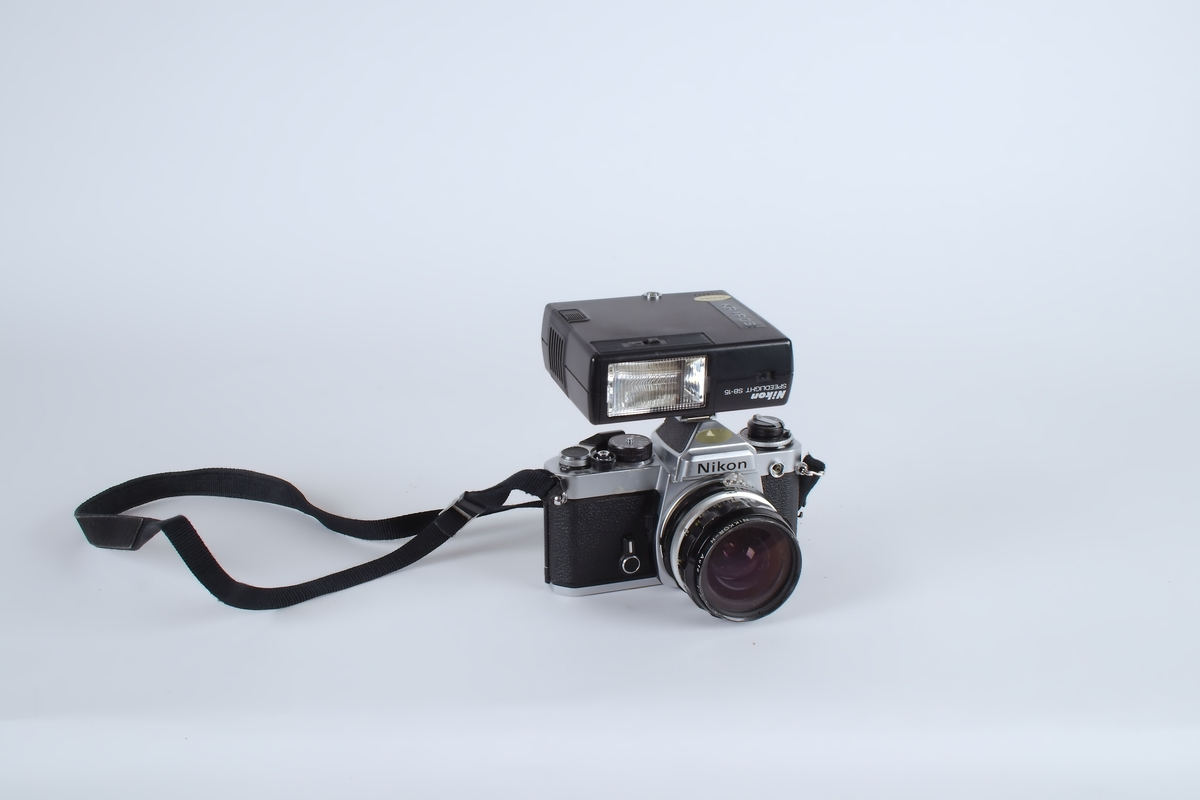 Fotoapparat med blitz.