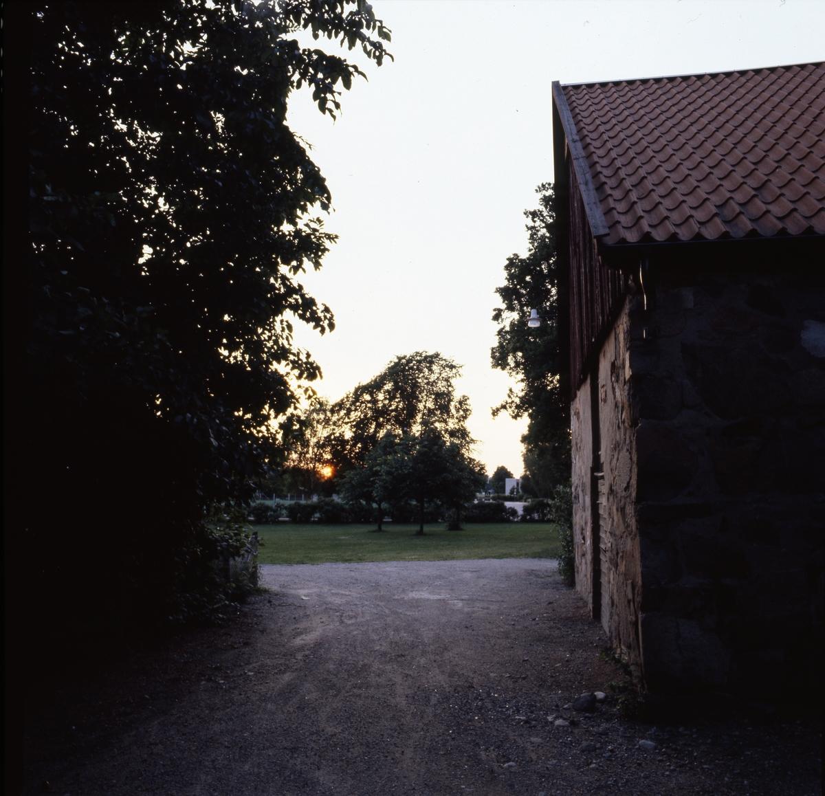 Stenhus i Olof Ahllöfs park, senare kallat S:t Karins kapell.